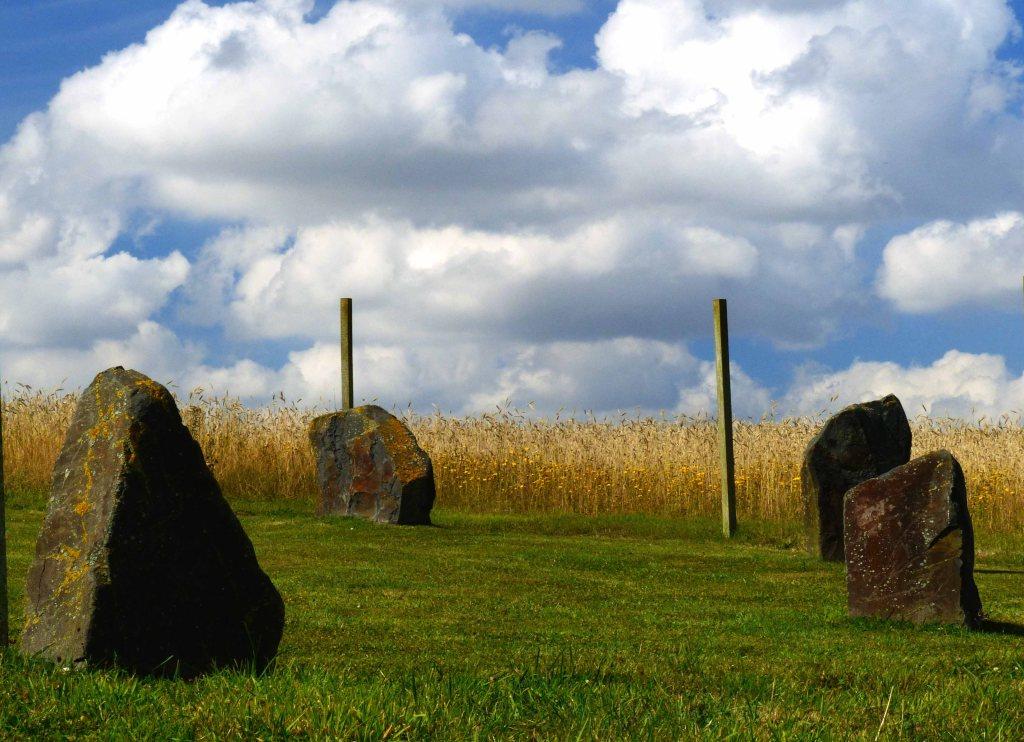 Modern stone circle  between Hagworthingham & Snipe Dales.